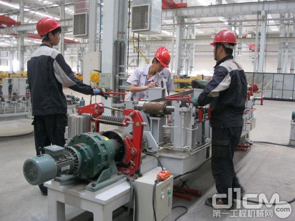 雷沃挖掘机青岛工厂结构件三期投入使用