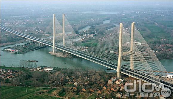 柳工欧维姆 筑百年工程 成就桥梁强国梦