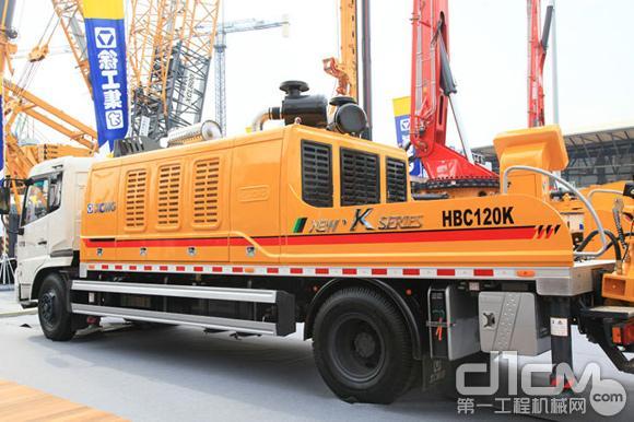 徐工行业首款双发超高压车载泵HBC120K精彩亮相2012上海宝马展