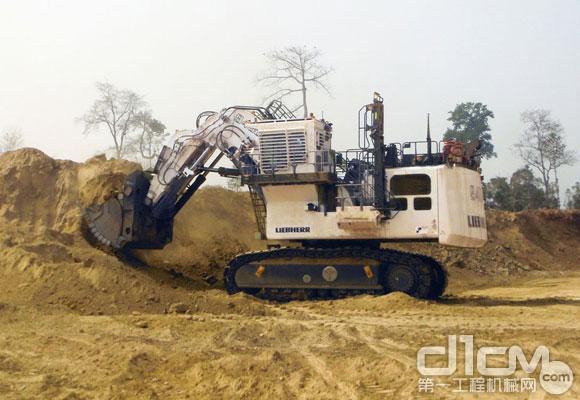 利勃海尔350吨r 9400矿山挖掘机