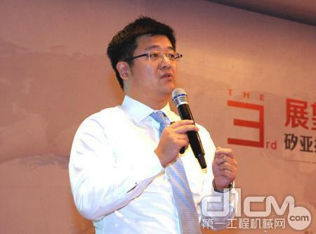 UBS执行董事姜祖尧作题为《资本市场看待中国制造业发展》的主题发言