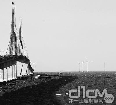 东海大桥海上风力发电场发电能力2年内翻番