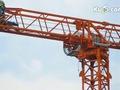 DEMAG AC350起重机安装塔吊工作