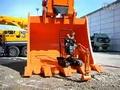 工程机械世界中的大小挖掘机
