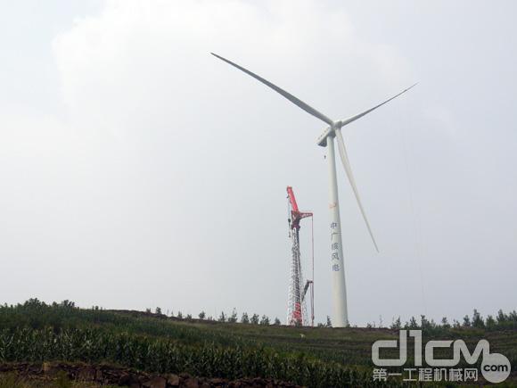 中广核城顶山风电场内矗立的风机