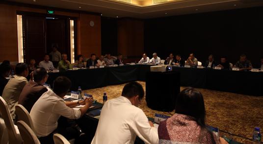 2014工程机械代理商委员会常务理事会召开