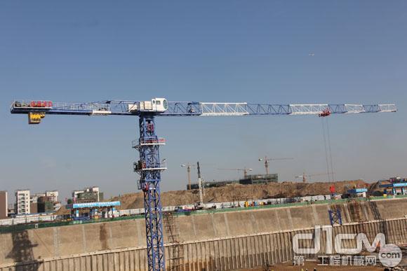 徐州建机XCP330平头塔机获2015TOP50年度产品奖
