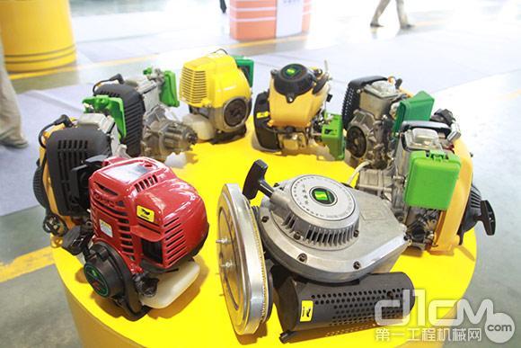 华盛中天汽油发动机产品展示