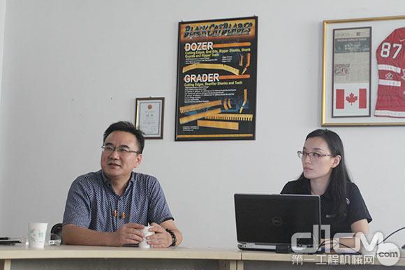 布莱凯特(苏州)有限公司总经理王伟中、销售和市场经理李亚旻接受媒体采访