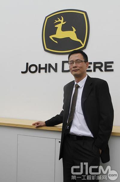 约翰迪尔工程与林业机械事业部中国区市场销售总经理郎云
