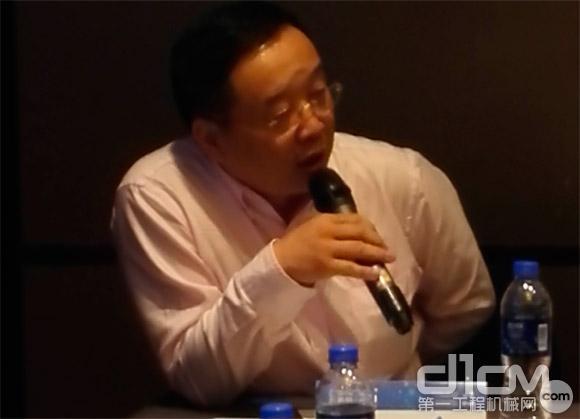 下任轮值会长千里马机械供应链股份有限公司董事长杨义华讲话