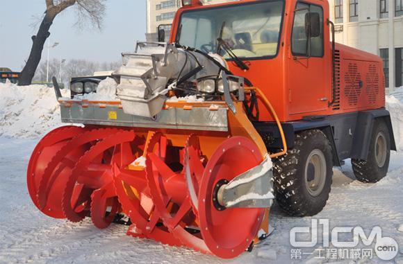 抛投式除雪设备