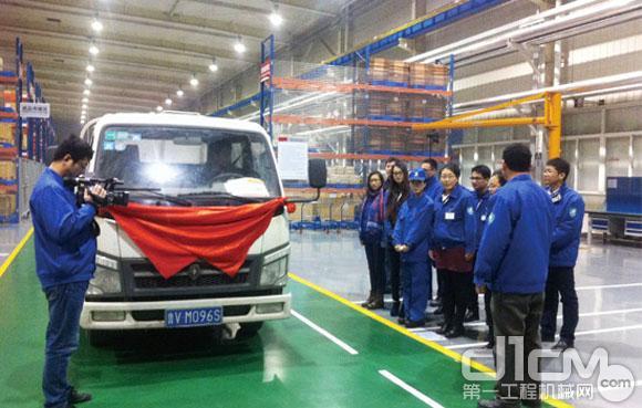 林德液压(中国)有限公司首批本地化产品交付客户