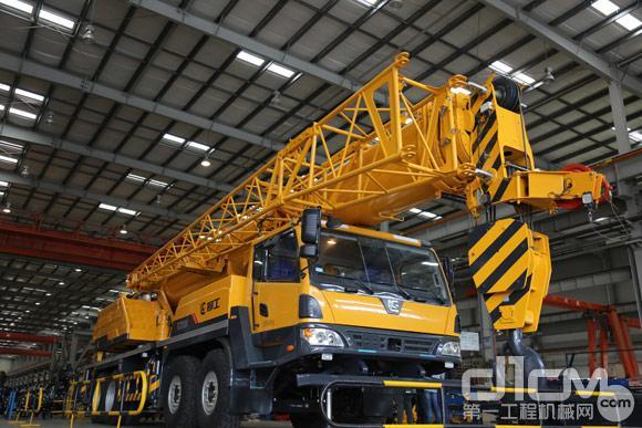 柳工TC750A汽车起重机发布