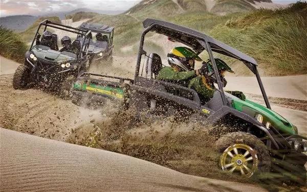 越野利器 约翰迪尔Gator RSX 850i全地形车试驾