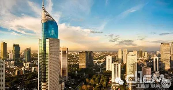雅加达——印度尼西亚首都,东南亚第一大城市,世界著名的海港.