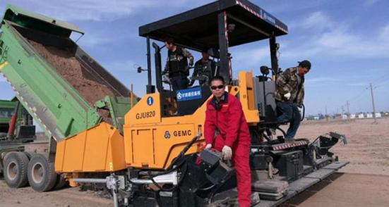 """陕建机械""""一对一""""服务队为甘肃重点工程保驾护航"""