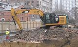 卡特彼勒323F挖掘机工作