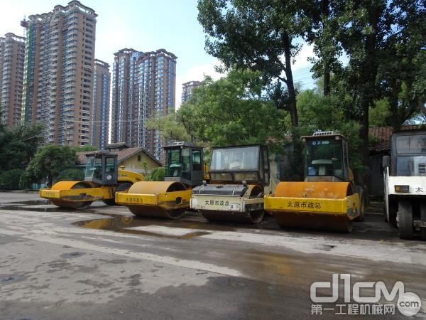 太原市政总公司拥有的徐工道路机械设备