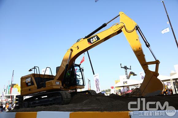 Cat® 323挖掘机