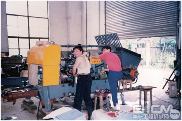 中联重科第一台泵生产场景