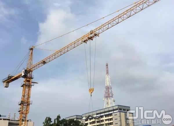 中联重科TC7525-16D正在建设科伦坡克里斯特广场项目