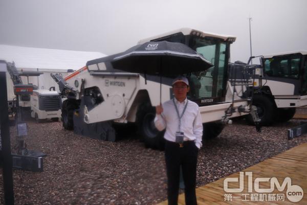 专访维特根就地冷再生机 3800 CR 客户商健林