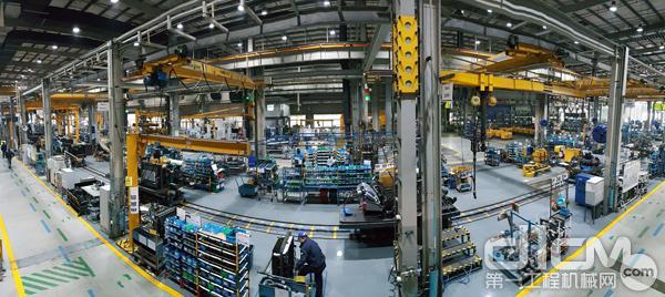 沃尔沃建筑设备工厂生产线图
