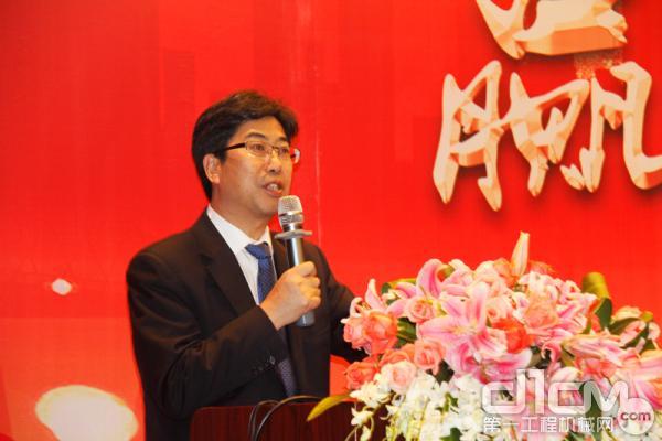 青岛科泰重工机械有限公司总经理姚录廷致辞
