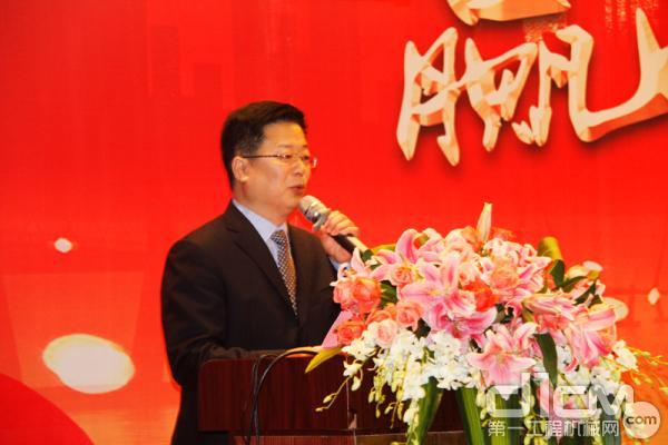 青岛科泰重工机械有限公司副总经理李顺舟先生致辞