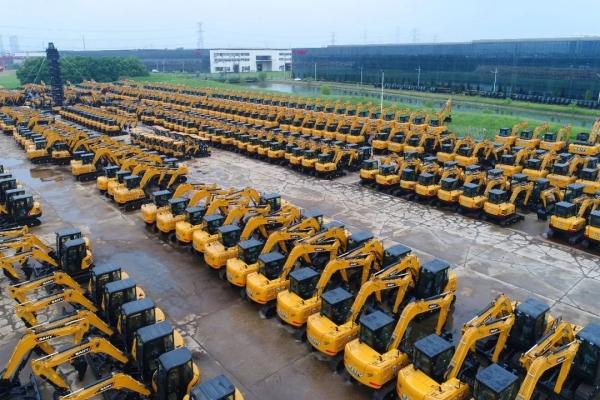 三一挖机全年劲销30000台