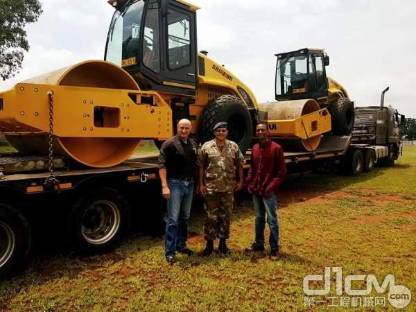 山推产品进入南部非洲军方采购序列