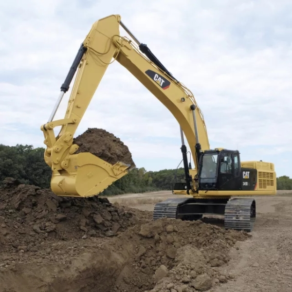 卡特彼勒挖掘机