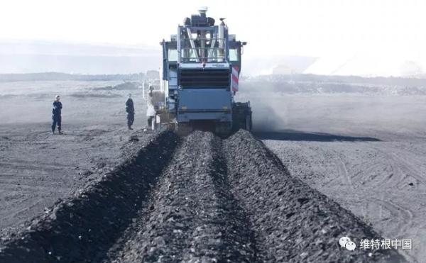 维特根提供各种各样的铣刨鼓用于不同的工况和不同的铣刨材料,如,盐、铁矿石、煤和铝土矿等。