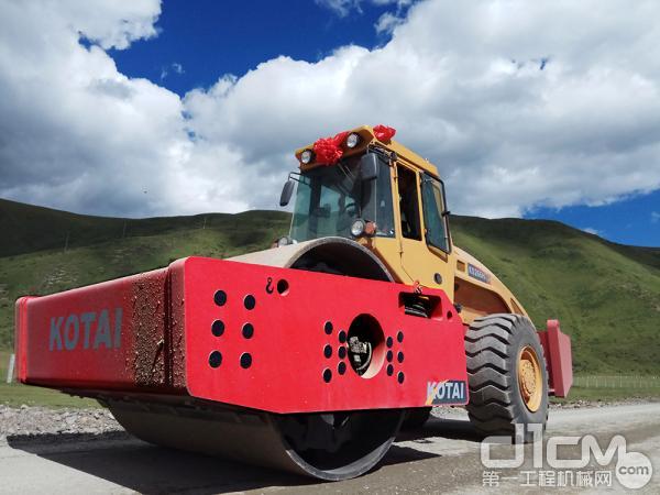 科泰KS266H-2全液压单钢轮振动压路机搭载大量高科技研究成果