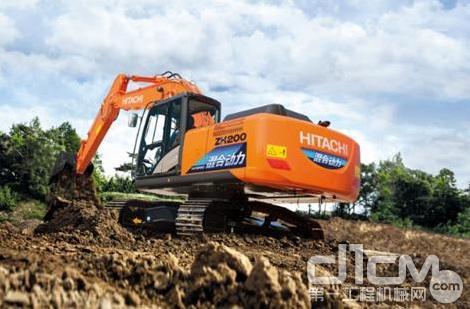 日立建机ZH200-5A混合动力挖掘机施工作业现场