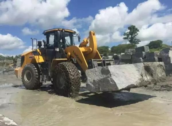 石材叉在石料开采市场引领潮流