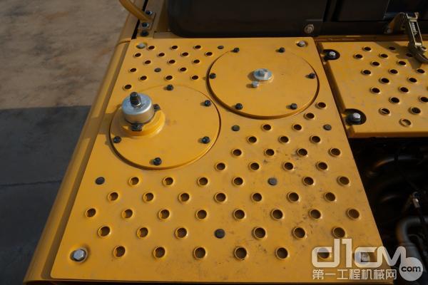 图为:不锈钢防滑钢板