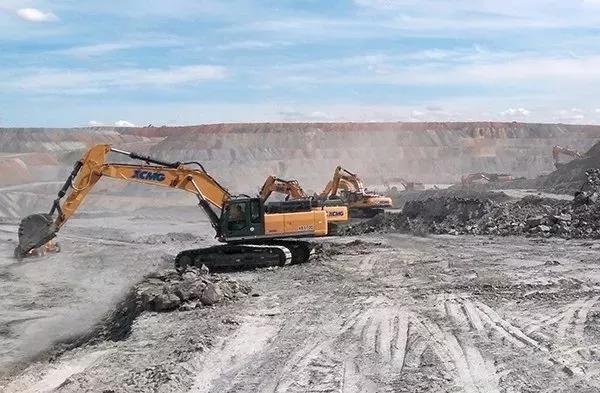 徐工成套矿业机械在矿山施工