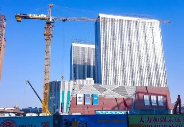 QTZ250助建徐州地铁,图为老火车站站建设现场