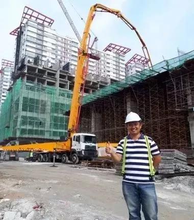 徐工泵车在马来西亚关丹地区大展英姿