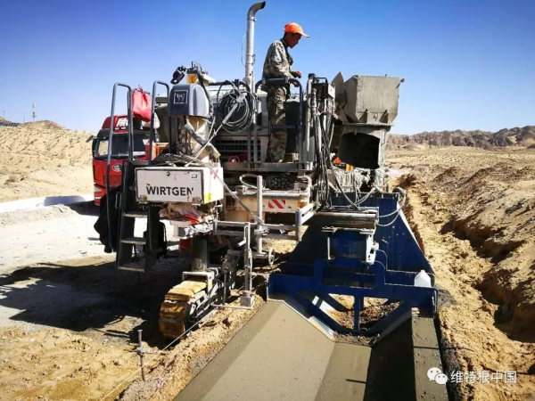 标准化的排水沟一次成型