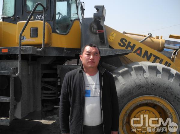 唐山地区的东顺车队队长杨磊