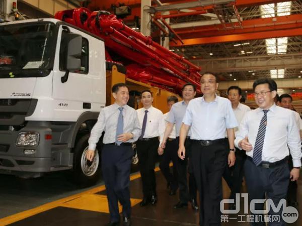 中共中央政治局常委、国务院总理李克强视察三一集团工厂