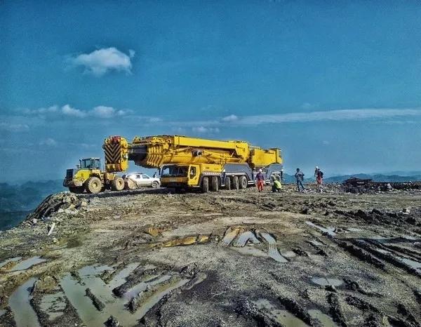 徐工650吨全地面起重机