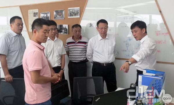 与会嘉宾参观了北京亿美博科技有限公司