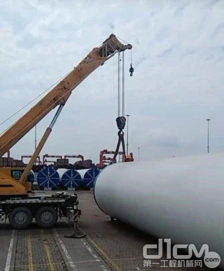 徐工25吨、75吨、80吨汽车吊