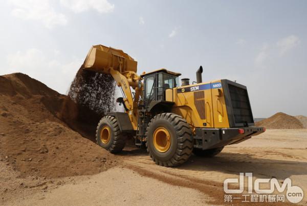 山工机械品牌新款8吨装载机SEM680D