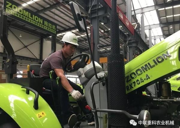 农机维修考试现场