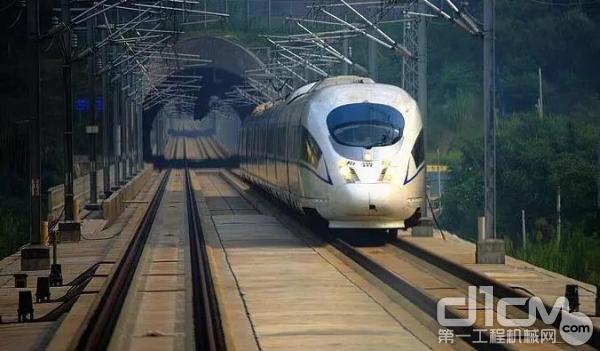 宜昌至郑万铁路